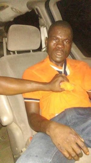 Notorious Armed Robber Who Specializes in Robbing Female Victims Nabbed in Port-Harcourt (Photos)